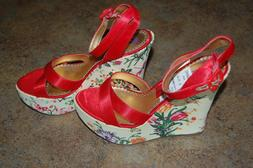 Hale Bob BETSEY Red Sandal Wedges FLORAL PATTERN Size 8 Wome