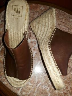 BRAND NEW GAP LEATHER BROWN ESPADRILLE WEDGE SLIP-ON SHOES S