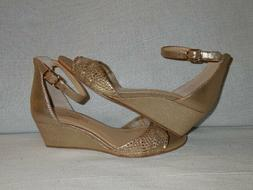 IMAGINE VINCE CAMUTO Joan Gold Glitter   Wedge Heels Shoes S