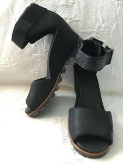 Sorel Joanie ll Black Leather/Canvas Wedge Ankle Strap BackZ
