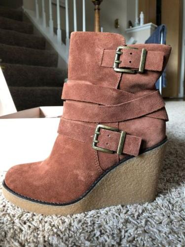 bcbg brown wedge boots new in box