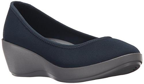 busy day stretch ballet wedge