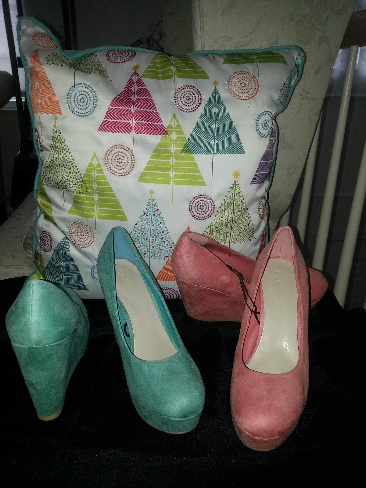 "New Forever 21 "" Pretty "" women's Wedge shoes size 9  lot 2"