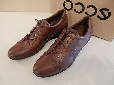 NEW Lace-Up Leather Patent