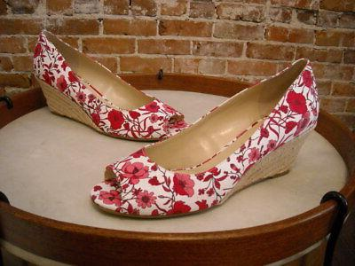 red and white floral canvas peggy peep