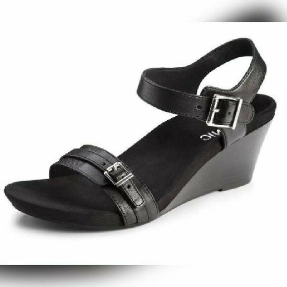 vionic noble 382 laurie black leather orthaheel