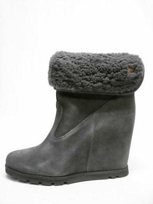 water resistant wedge bootie