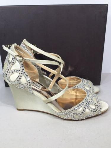 Badgley Mischka Winter Women's Size 7.5 Satin Ivory Wedge Dress Sandals