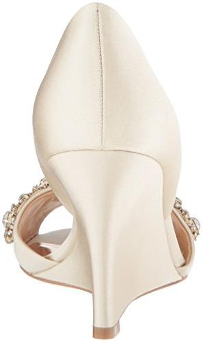 Badgley Mischka Hardy Wedge Sandal, M US
