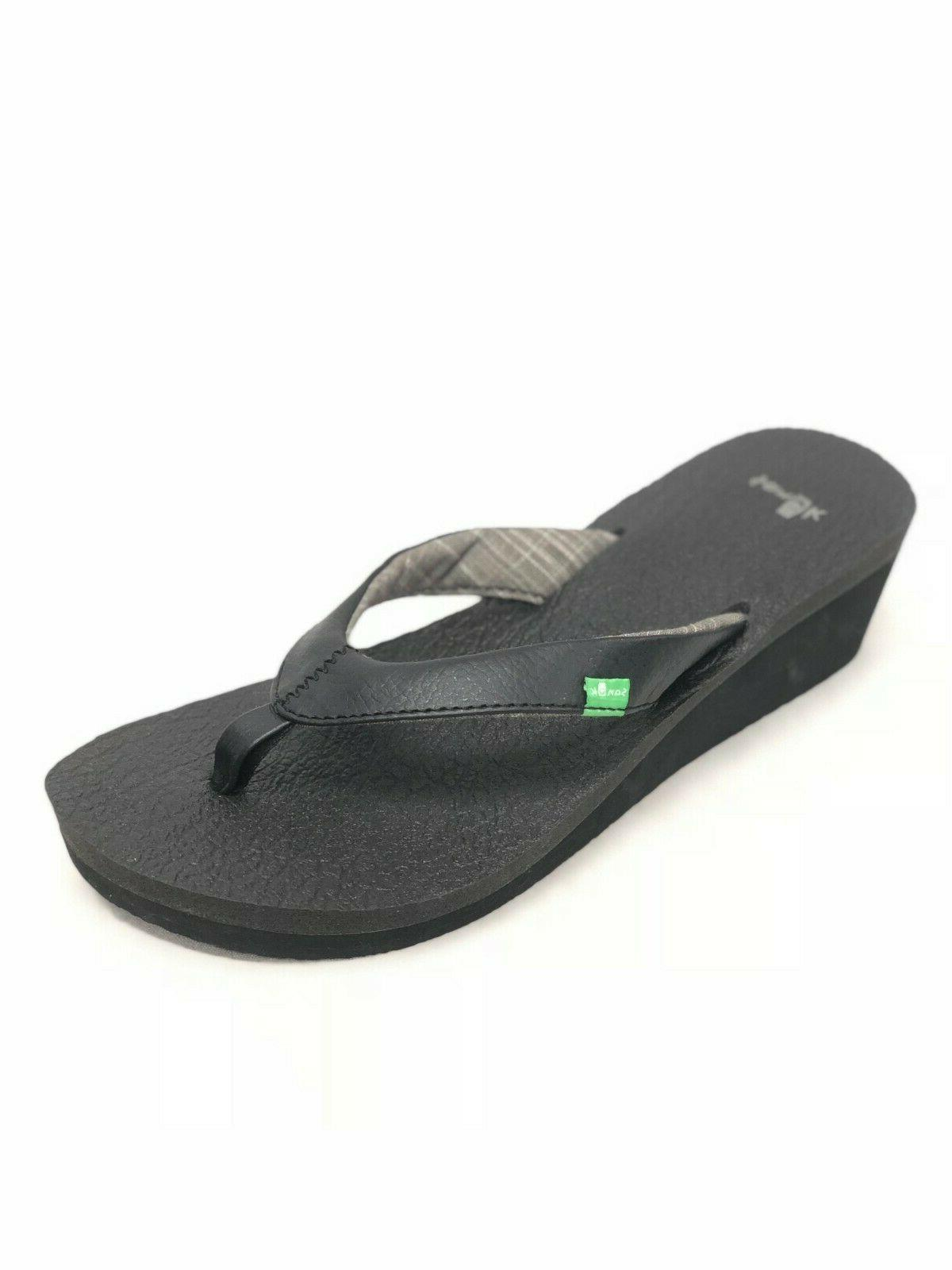 Sanuk Women's Yoga Mat Wedge Flip Flops Sandals Black SWS305