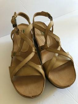Bare traps Leather Wedge Memory Foam Womans Sandals Sz 9