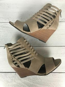 Rampage NEW Beige Suede Cut Out High Heels Wedges Shoes ~ Wo