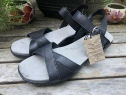 Ariat 'Out And About' Black Leather Quarter Strap Sandals