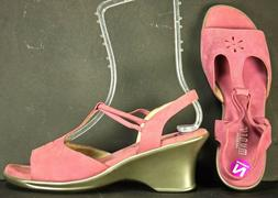 MUNRO Sandals size 9 N Pink Nubuck Leather Ankle Strap Walki