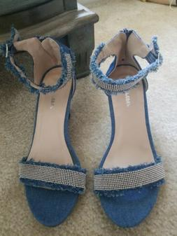 Forever Shoes Denim Wedge Sandals Women's size 6.5