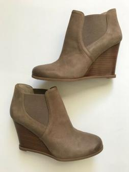 Audrey Brooke Size 8.5 Cindy Wedge Ankle Boots In Tan NWB