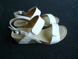 Clarks White Leather Wedge Sandals for Women**Size 7.5**Bran