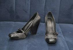 Vince Camuto womens black shoes size 8,5 heels 4,5 inch, wed